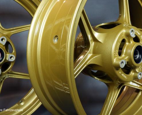 Motorrad Gußfelge in Gold Metallic pulverbeschichten
