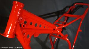 Motorradrahmen Rot pulverbeschichten