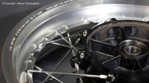 Yamaha XT1200Z Speichenrad zentrieren