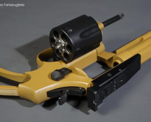 Waffenbeschichtung am Revolver in zwei Farben