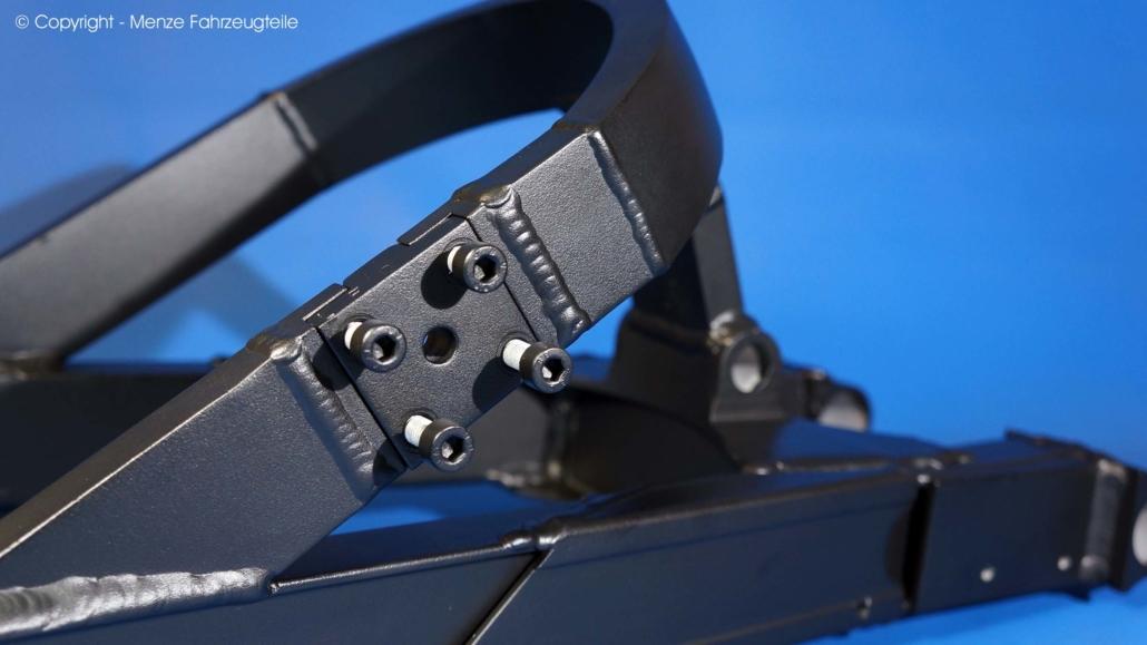 Motorradschwinge in Schwarz feinstruktur pulverbeschichten