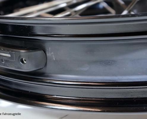 KTM Schlauchlosfelge mit Dichtband und Drucksensor