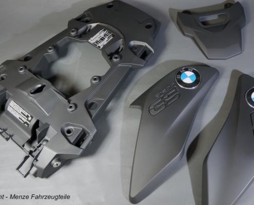 Kunststoffteile der R1200GS in schwarz seidenmatt lackieren