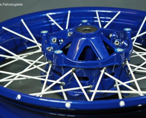 R1250GS Speichenrad in Blau-Weiß pulverbeschichten