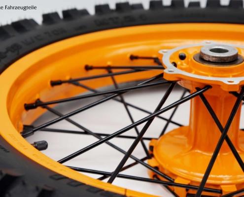 Speichenfelge in KTM Orange pulverbeschichten